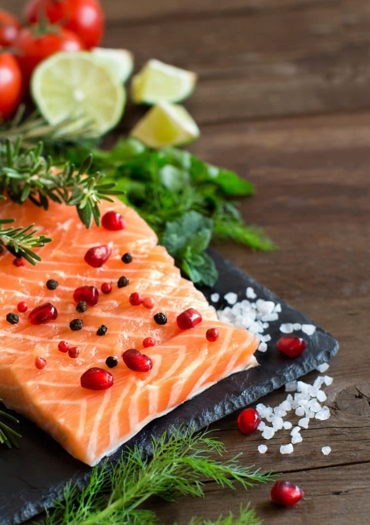 Salmon with vegetables and herbs